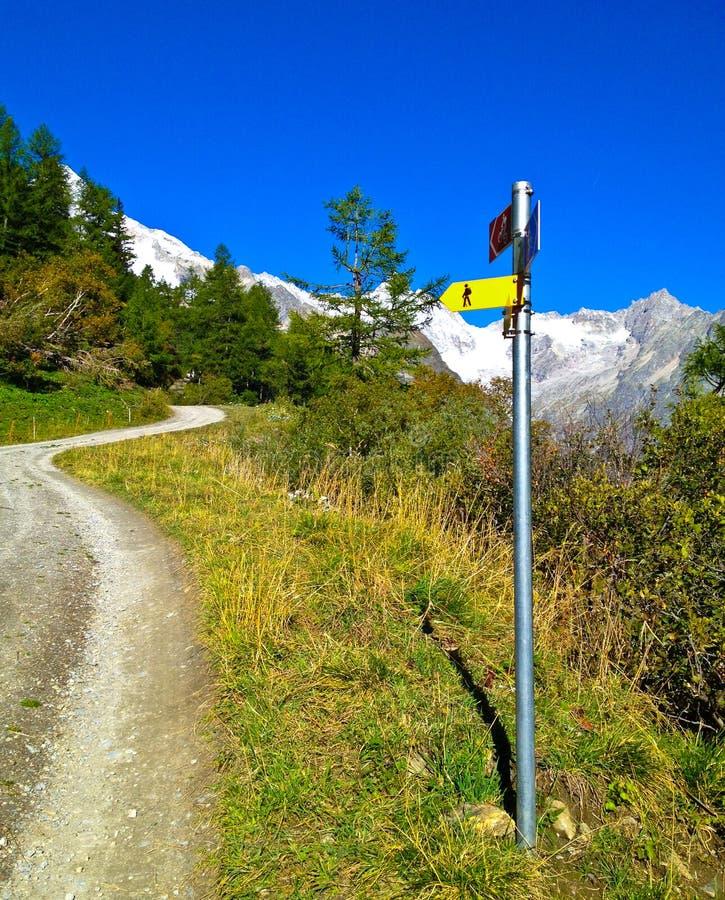 Mont Blanc符号方向 库存图片