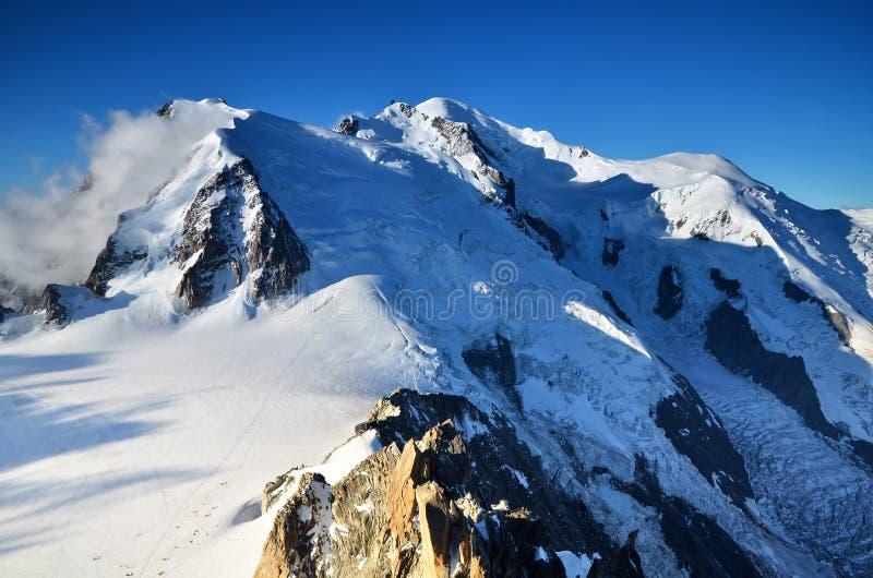 Mont Blanc, bovenkant de bergen van van Europa, Alpen royalty-vrije stock foto's