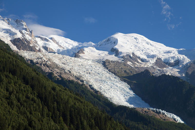 Mont Blanc-, Gouter- und Bossons-Gletscher lizenzfreie stockfotografie