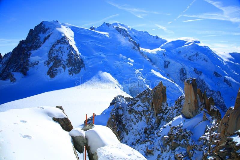 Mont Blanc & x28; 4810m& x29; i Haute Savoie Frankrike, Europa arkivfoton