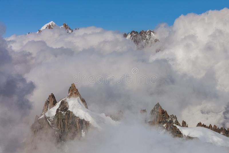 Mont Blanc Massif Frankrike royaltyfria bilder