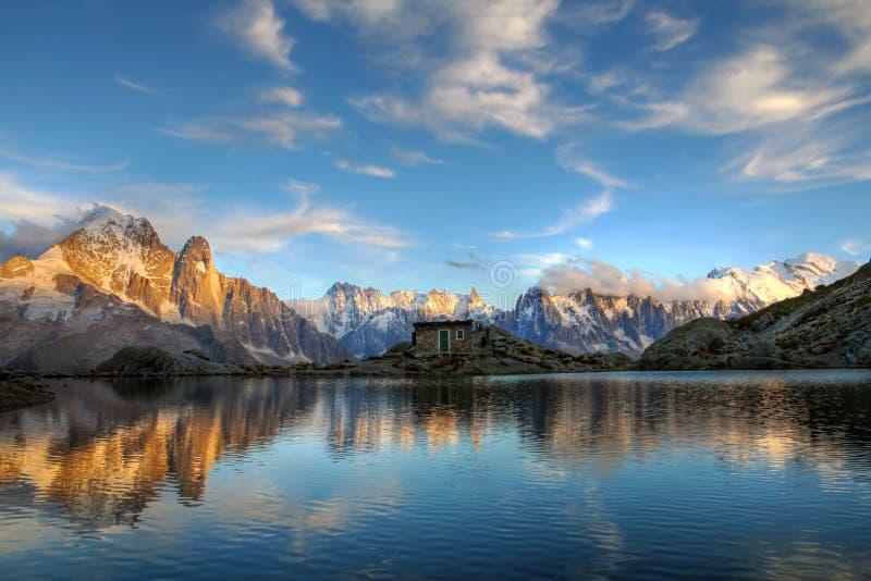 Mont Blanc Massif Frankrike royaltyfri bild