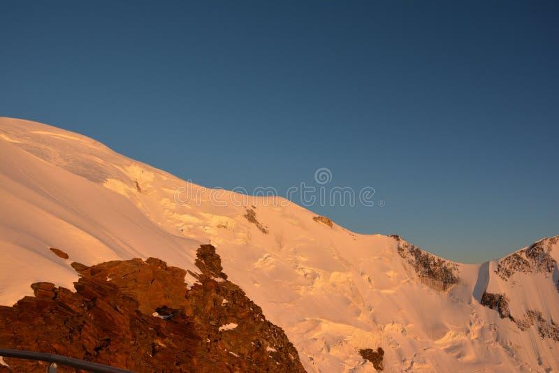 Mont Blank massiv royaltyfri fotografi