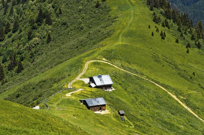 Mont-Joly som fotvandrar område arkivfoton