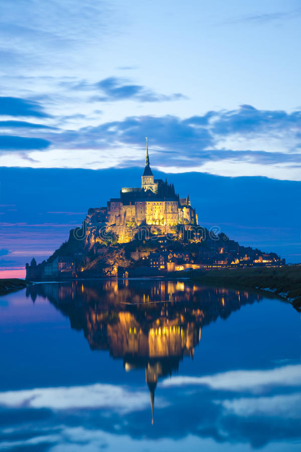 Free Mont Saint Michel At Sunset, France Royalty Free Stock Photography - 18656967