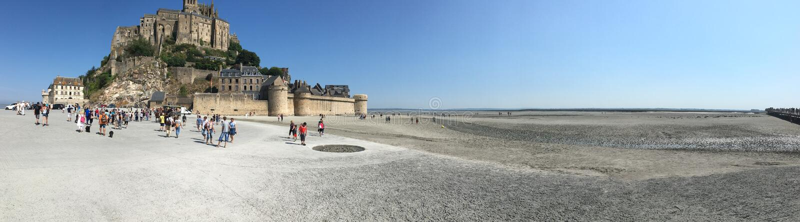 Mont Saint Michel panorama, Frankrike arkivbild