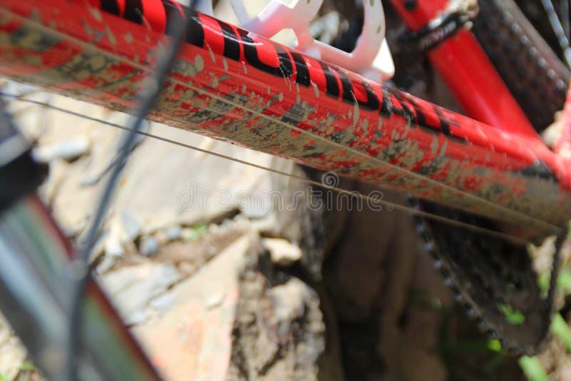 Montaña del lodo y de Ciclismo imágenes de archivo libres de regalías