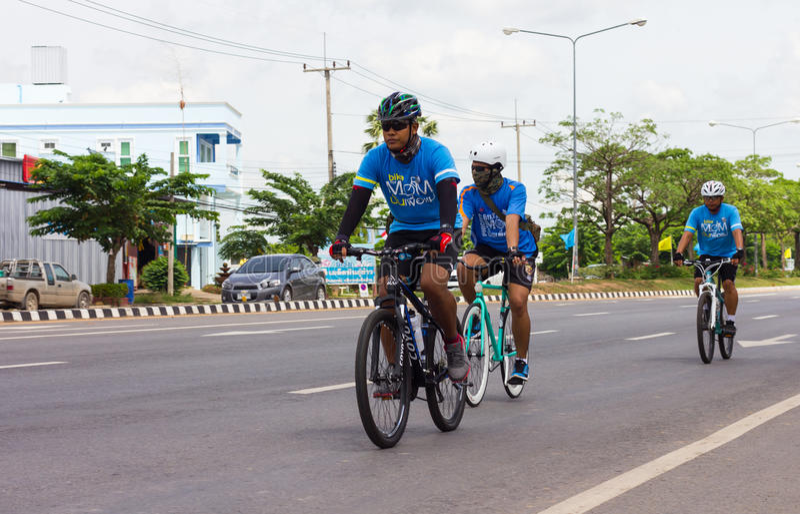 Montaña Biking tres imagenes de archivo