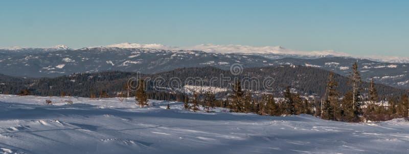 Montaña blanca imagen de archivo