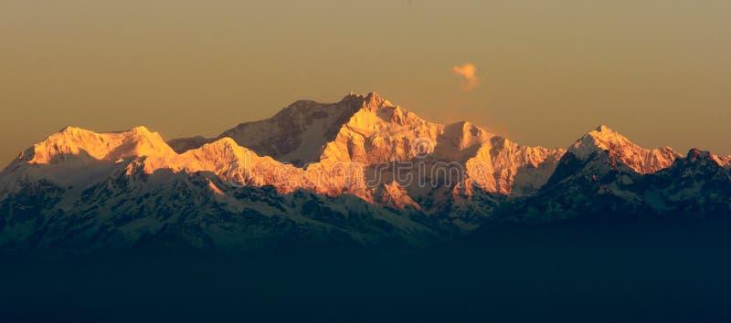 Montaña de Kangchendzonga foto de archivo libre de regalías