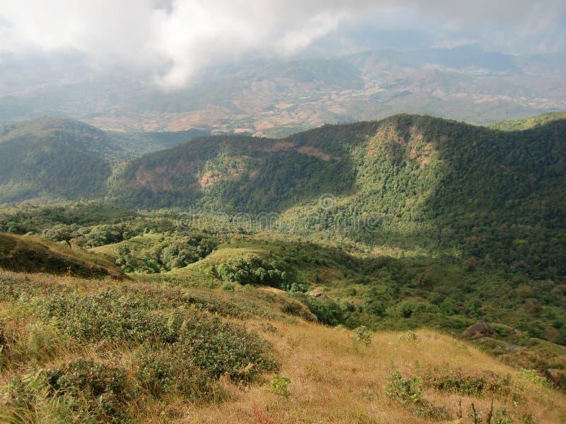 Montaña de Kiew Mae Pan fotografía de archivo