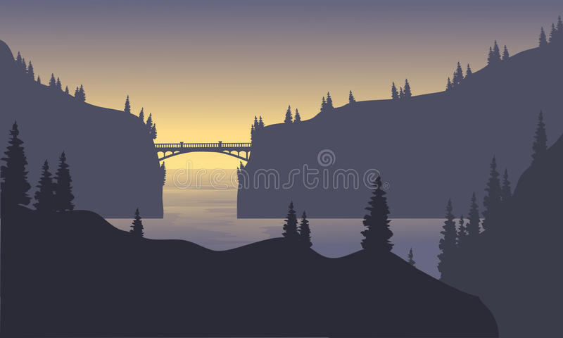 Montaña de la silueta en el mar libre illustration