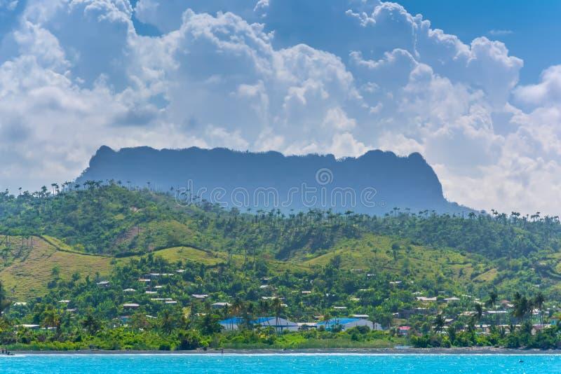 Montaña de la tabla del EL Yunque cerca de Baracoa fotos de archivo libres de regalías