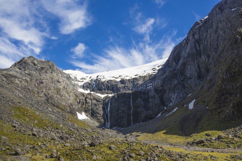 Montaña de Milford Sound fotografía de archivo