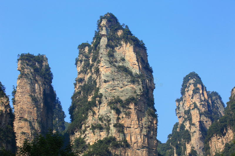 Montaña de piedra escarpada en zhangjiajie fotos de archivo libres de regalías
