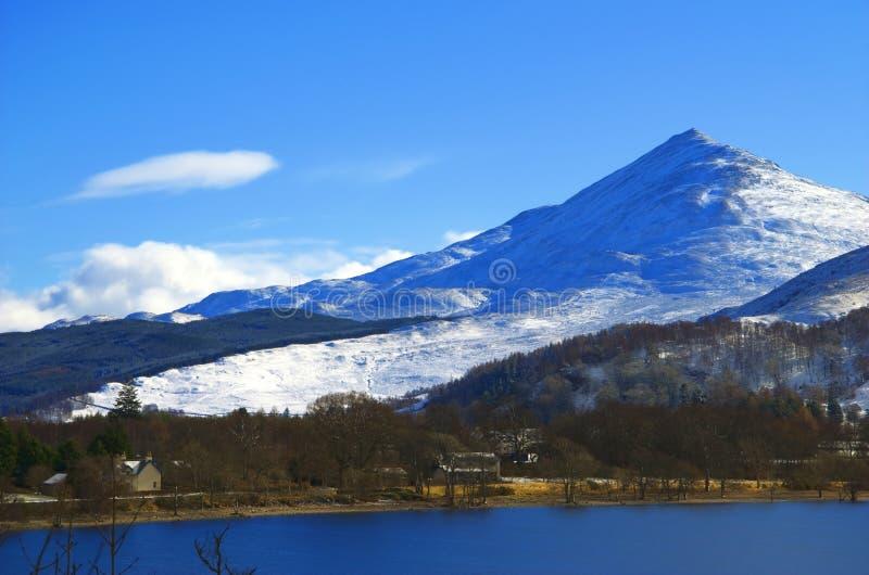 Montaña de Schehallion, Escocia imagenes de archivo