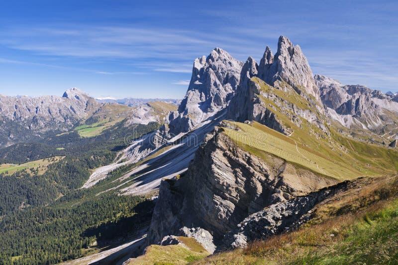 Montaña de Seceda en las dolomías fotos de archivo libres de regalías