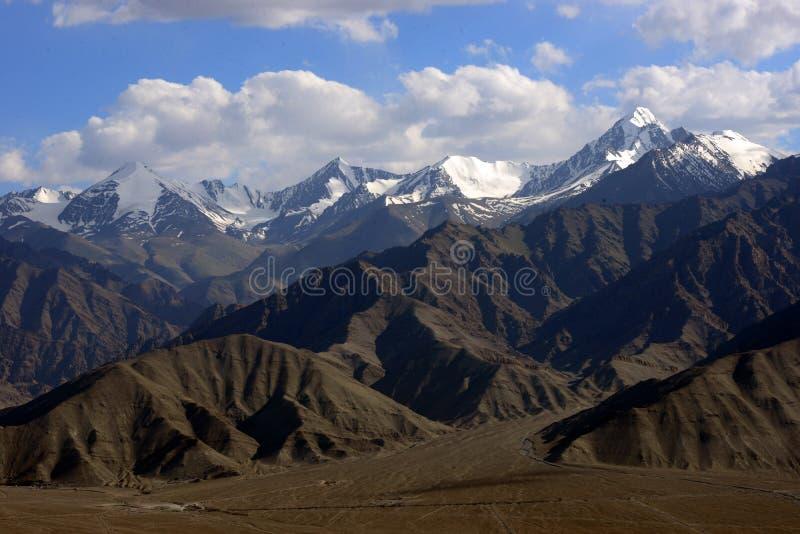 Montaña de Stok de Himalaya en Leh fotografía de archivo libre de regalías