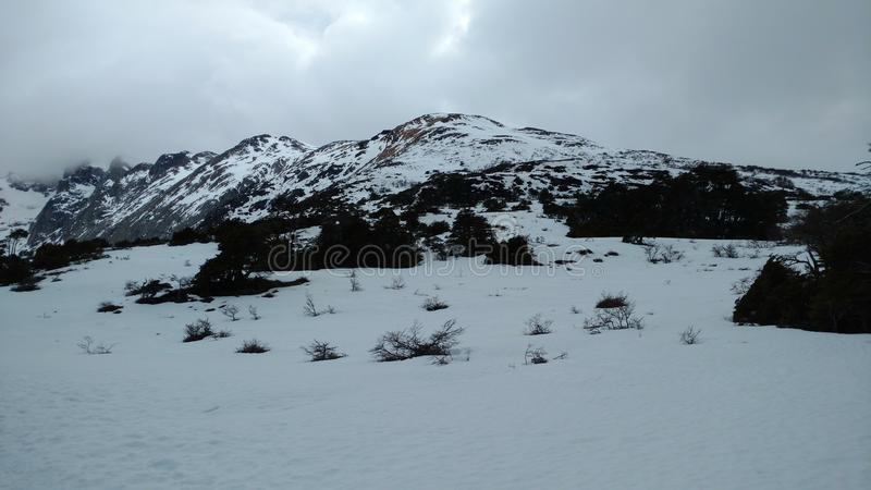 Montaña de Ushuaia foto de archivo