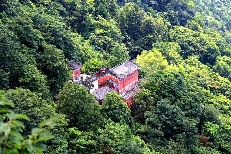 Montaña de Wudang, una Tierra Santa famosa del Taoist en China fotos de archivo
