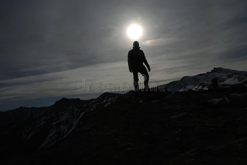 Montaña del contraluz imagen de archivo libre de regalías