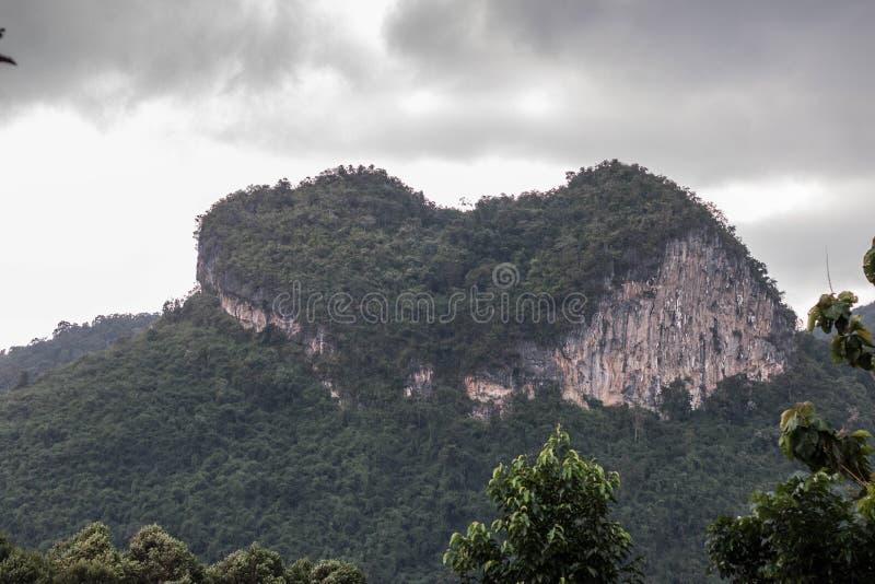 Montaña del corazón imagen de archivo libre de regalías