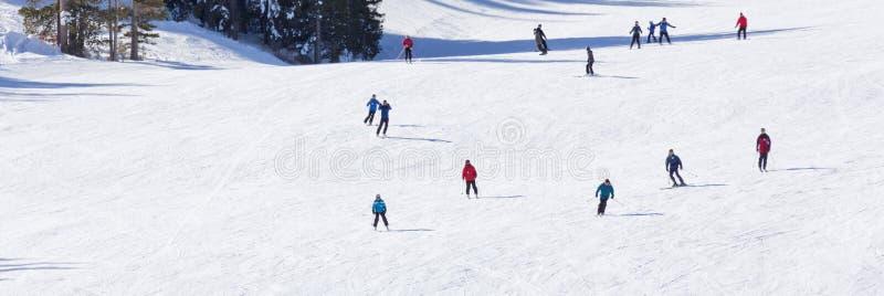 Montaña del esquí imágenes de archivo libres de regalías