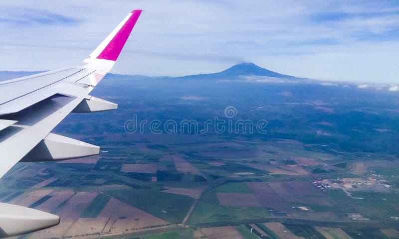 Montaña del Etna y los alrededores foto de archivo