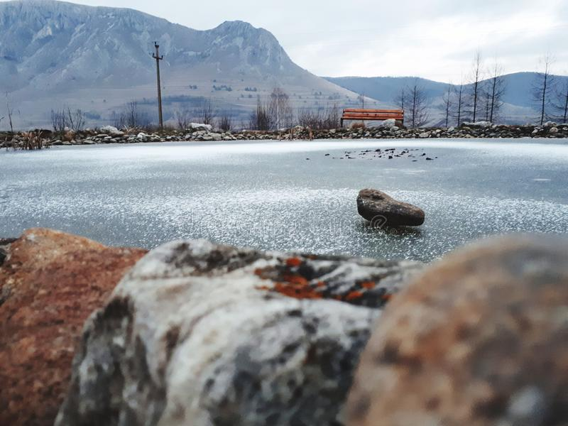montaña del hielo de la roca de la naturaleza imagen de archivo