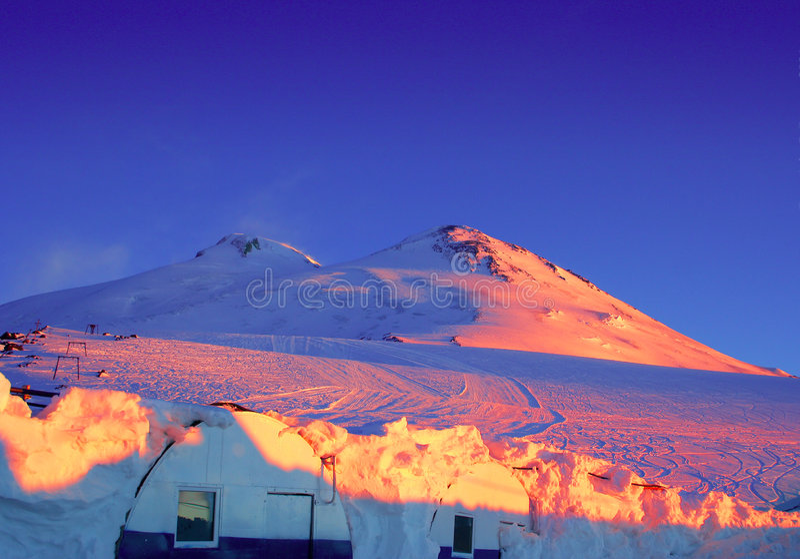 Montaña Elbrus foto de archivo