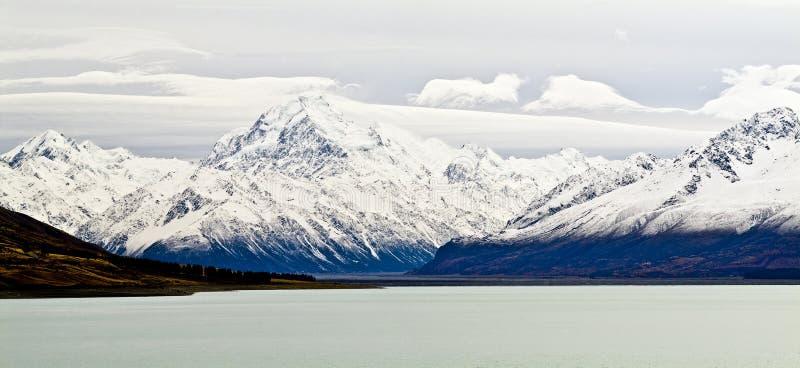 Montaña fría fotos de archivo
