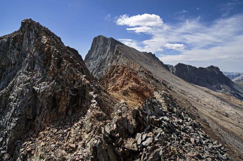 Montaña gigante negra foto de archivo libre de regalías