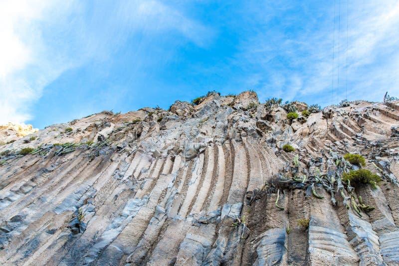 Montaña hermosa en el barranco de Colca, Perú en Suramérica fotos de archivo