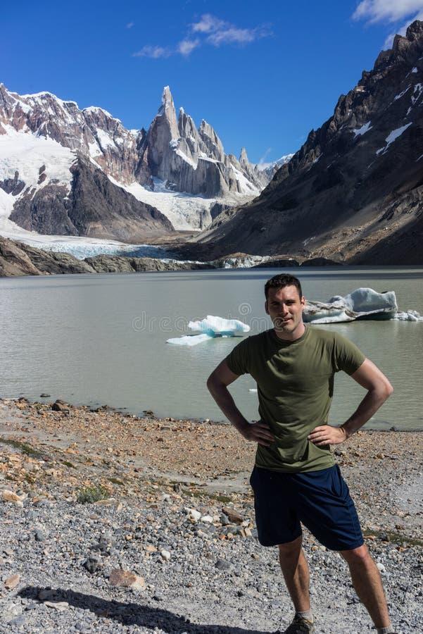 Montaña rugosa de Cerro Torre Región de la Patagonia de la Argentina imagen de archivo
