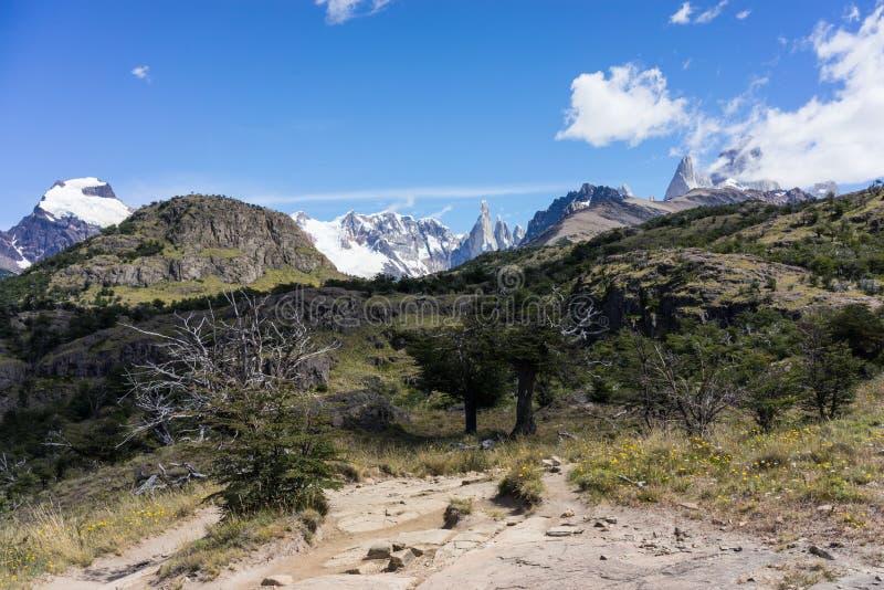 Montaña rugosa de Cerro Torre Región de la Patagonia de la Argentina imagen de archivo libre de regalías