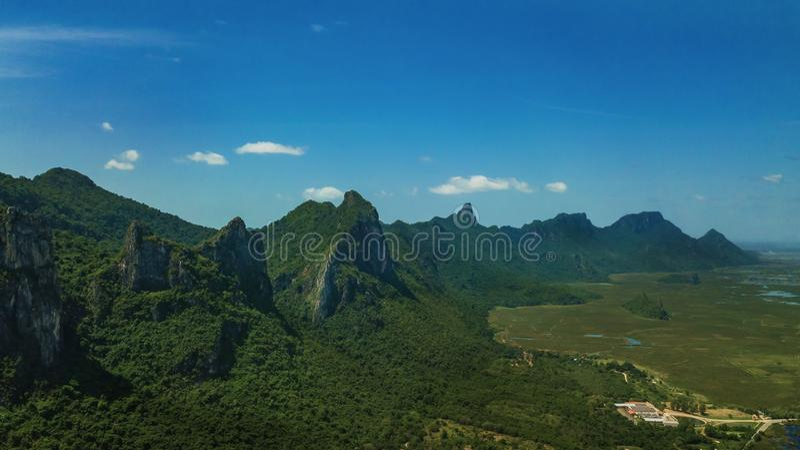 Montaña Sam Roi Yot, Tailandia imagenes de archivo
