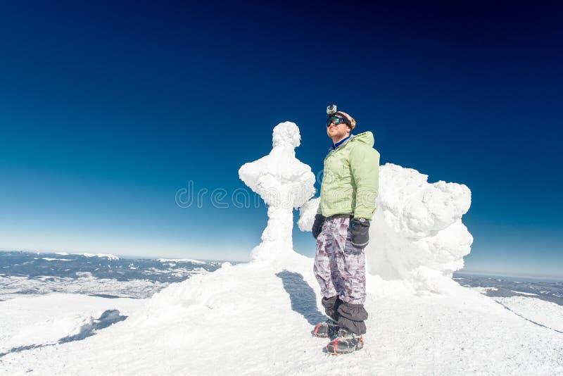 Montaña, top, escalador foto de archivo