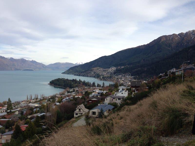 Montaña y lago fotografía de archivo libre de regalías