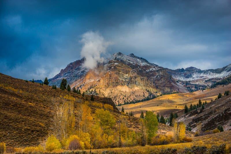Montañas de Boulder cerca de Ketchum Idaho imagen de archivo