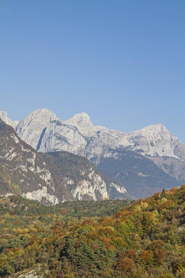 Montañas de Brenta vistas del este imagen de archivo