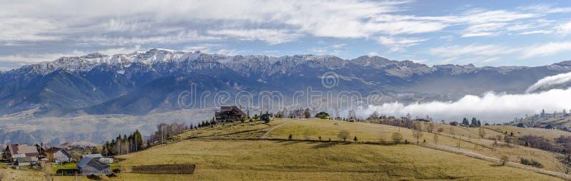 Montañas de Bucegi foto de archivo