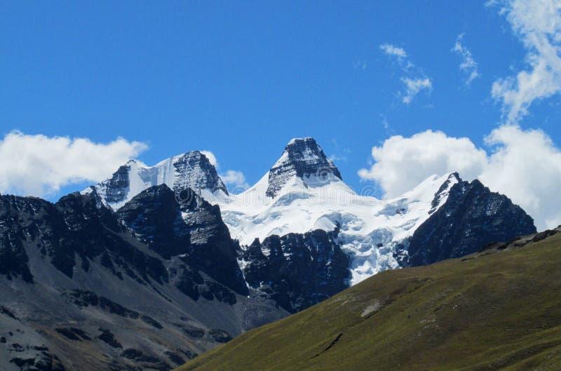 Montañas de Condoriri, los Andes, Bolivia foto de archivo libre de regalías