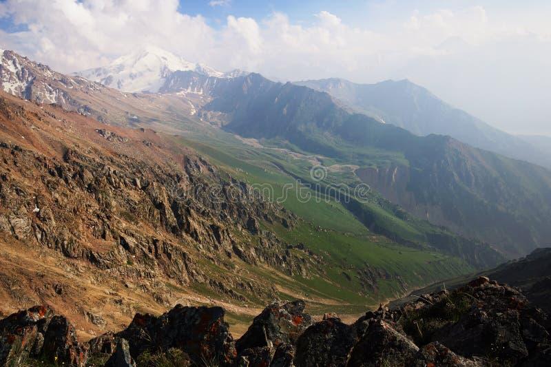 Montañas de Hight fotografía de archivo