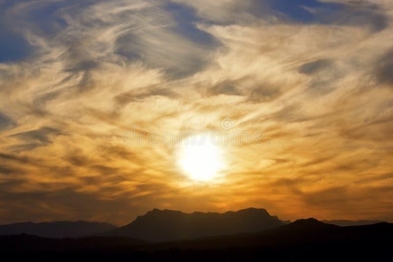 Montañas de Jebel Kissane en la puesta del sol. imagen de archivo