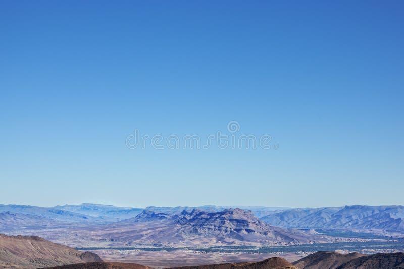 Montañas de Jebel Kissane y valle de Draa. foto de archivo libre de regalías