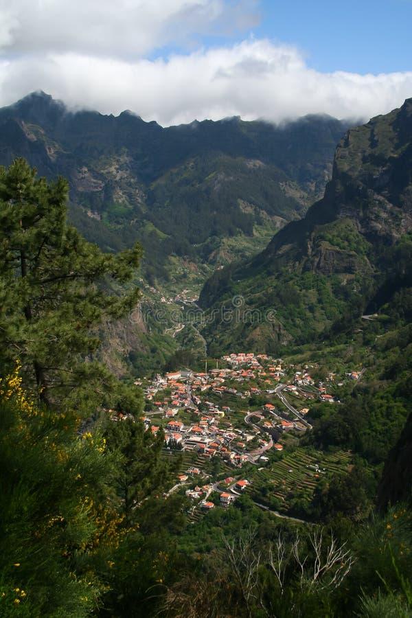 Montañas de la isla de Madeira fotografía de archivo