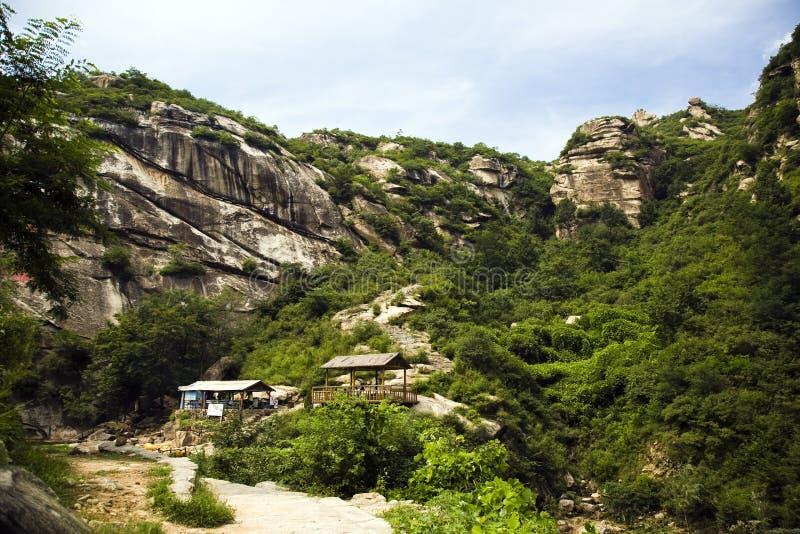 Montañas de la roca imagen de archivo