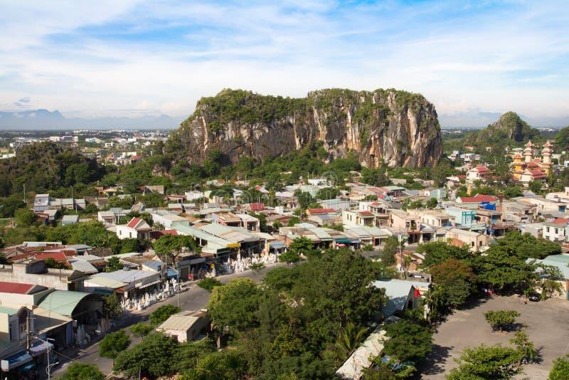 Montañas de mármol en Danang Vietnam foto de archivo libre de regalías