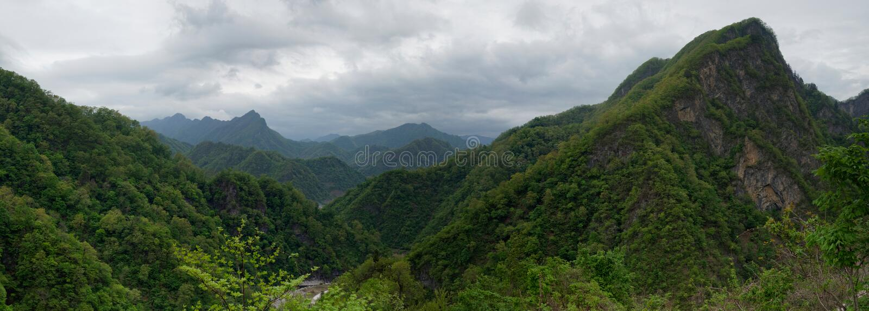 Montañas de Myohyang, DPRK (Corea del Norte) fotos de archivo libres de regalías