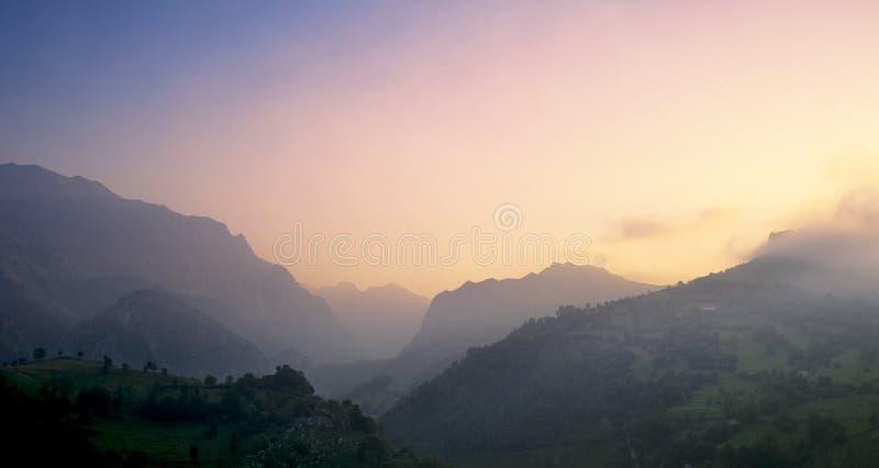 Montañas de Picos de europa foto de archivo libre de regalías